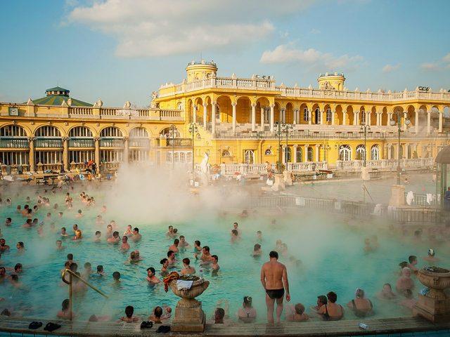 Széchenyi, bain thermal médicinal – Budapest
