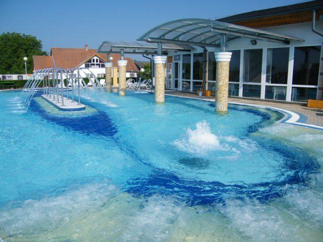 Szilva, bain thermal et centre wellness – Vásárosnamény